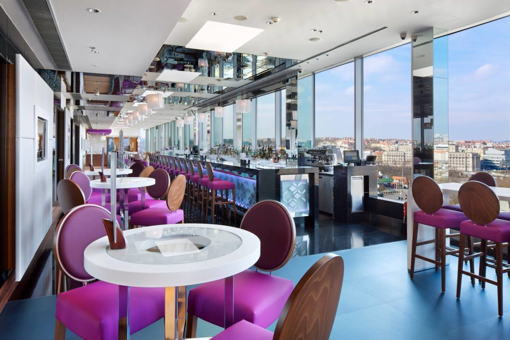 Cloud 9 Sky Bar & Lounge